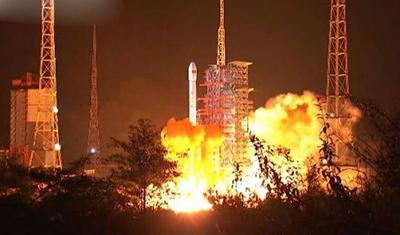 嫦娥四号探测器成功发射