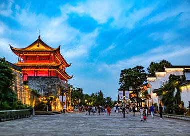 浙江省公布首批10条高品质步行街